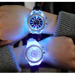 [2PCS/set]led Flash Luminous Watch Personality trends students lovers jellies woman men's watches 7 color light WristWatch bayan kol saati